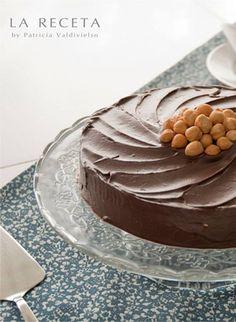 Tarta de cacao con avellanas
