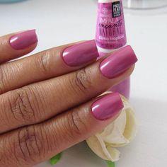 Tudo rosa por aqui nesse mês.!!! #outubrorosa ❤ Esmalte Clima Tropical da Impala! . . . #unha #nail #unhadasemana #unhas #unhaseoutrasfeminices #nails
