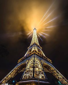 Photo Credit: @independentcbh  Location : Tour Eiffel    Selected By: @my.captured.moments                   Please Check Out: @candidcameraman    All Images are Checked with Tineye Image Identifier    Proud Member Of Both  @HubDirectory & @HUBS_UNITED   Please tag Your Photos to #inspiring_photography_admired Founder : @my.captured.moments  #NakedPlanet #traveldeeper #besrnatureshot #instatravel #awesomeearth #earthofficial #ig_naturesbest #ig_naturelovers #dreamimage #ig_worldclub…