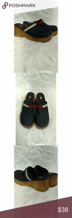 Vintage Tommy Hilfiger clogs Vintage Tommy Hilfiger clogs. Size: 10 Tommy Hilfiger Shoes Mules & Clogs