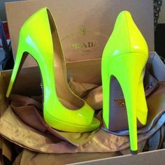 Prada heels NEON #shoes