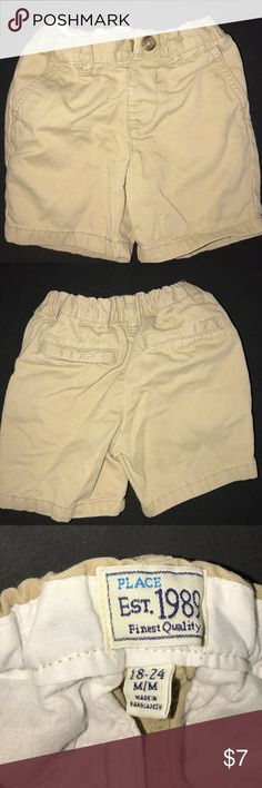 Children's place boys chinos, 18-24 months Khaki with hook closure and adjustable waist. Excellent condition, worn a time or two. Children's Place Bottoms Shorts
