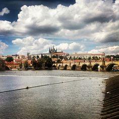#Charlesbridge #Vltava #Prague #castle #Czech #holidays #vyletip www.vyletip.cz