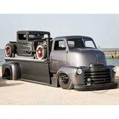 pics of rat rod trucks Hot Rod Trucks, Cool Trucks, Big Trucks, Pickup Trucks, Cool Cars, Bagged Trucks, Dually Trucks, Chevy Classic, Classic Trucks