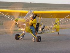 Ultraleves Caseiros: Novembro 2012 Ultralight Plane, Aeroplane Flying, Kit Planes, Light Sport Aircraft, Bush Plane, Flying Drones, Experimental Aircraft, Aviation Industry, Paragliding