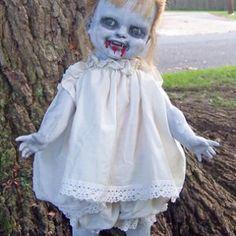Creepy Doll Halloween, Halloween Forum, Scary Dolls, Halloween Projects, Baby Halloween, Halloween Ideas, Spooky Decor, Halloween Decorations, Baby Zombie