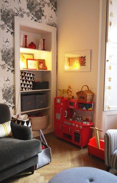 Chris and Sam's Elegant Family Duplex in Edinburgh: makes me want a child just so I can incorporate a toy kitchen into the decor!