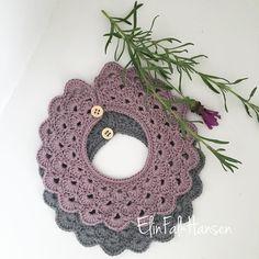Et par savlekraver i lilla og grå - hæklet i blomsterfrø fra @tante_groen..  Skønneste garn   #savlesmæk #savlesmækker #savlekraver #baby #bbaygirl #hækling #hækl #crochet #crochetbaby #crocheting #crochetlover #lilla #grå #yarnfreak #yarnaholic #crocherinspirations Crochet Baby Bibs, Crochet Clothes, Knit Crochet, Knitting For Kids, Crochet For Kids, Baby Knitting, Baby Rattle, Crochet Fashion, Baby Sewing