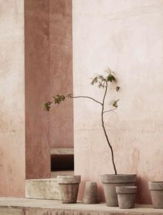 Minimalism rethought: New Mediterranean interior trend Dashboard Design, Color Inspiration, Interior Inspiration, Interiores Art Deco, Beige Aesthetic, Terracota, Arte Floral, Slow Living, Wabi Sabi