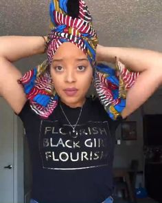 Quick and easy headwrap tutorial Headwrap by GabeJade . Quick and easy headwrap tutorial Headwrap by GabeJade # headwra Hair Wrap Scarf, Hair Scarf Styles, Curly Hair Styles, Natural Hair Styles, Scarf Head Wraps, African Hair Wrap, African Head Wraps, African Head Scarf, Turban Mode