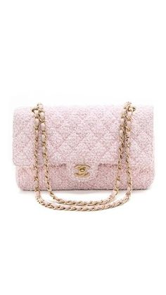 rstyle.me $5500 Out of stock Chanel Boucle 2.55 Bag