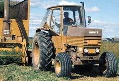Agriculture Farming, Vintage Tractors, Old Toys, Volvo, Techno, Automobile, Trucks, Childhood, Iron