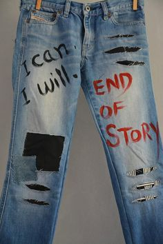 High Waist Destroyed Boyfriend Jeans DistressedPatched Jeans Women's Mom Vintage Levi's 501 Jeans Women's Stonewash Denim Jeans coupe boyfriend taille haute Vintage Jeans, Jean Vintage, Jeans Denim, Painted Jeans, Painted Clothes, Hand Painted, Redone Jeans, Teen Pants, Men's Bottoms