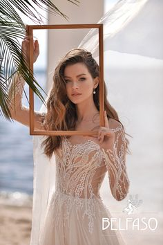 Bridal collection Belfaso 2020 - wedding dress insp. Summer bride Low Cut Dresses, Dresses With Sleeves, Bridal Collection, Dress Collection, Mermaid Shorts, Wedding Gowns, Ball Gowns, Evening Dresses, Bride