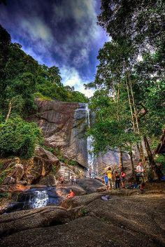 Temurun Waterfall - Langkawi, Malaysia. https://ExploreTraveler.com