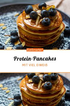 Protein-Pancakes mit Magerquark - smarter - Kalorien: 416 kcal - Zeit: 20 Min. | eatsmarter.de Low Carb Pancakes, Protein Pancakes, Flour Recipes, Recipe Of The Day, Breakfast Recipes, 20 Min, Brunch, Food And Drink, Favorite Recipes