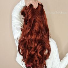 Best And Amazing Red Hair Color And Styles To Create This Summer; Red Hair Color And Style; Giner And Red Hair Color; How To Curl Short Hair, Long Curly Hair, Curly Hair Styles, Natural Hair Styles, Long Red Hair, Red Hair On Dark Hair, Red Hair Gloss, Warm Red Hair, Medium Red Hair
