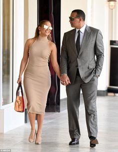 Looking good: Jennifer definitely has a passion for fashion as she accessorized with mirro...