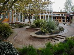 Center for Urban Horticulture at UW - again, liking the indoor/outdoor space. plus, no risk of soggy lawn!