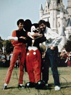 Michael Jackson Disneyland Visits Sightings | Michael Jackson Info ...