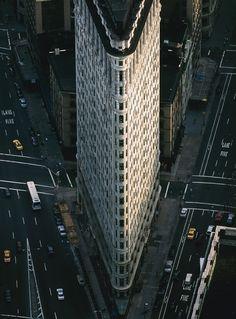 YannArthusBertrand2.org - Fond d écran gratuit à télécharger || Download free wallpaper - Le Flatiron Building (Fuller Building), Flatiron District, Midtown, Manhattan, New York, États-Unis.