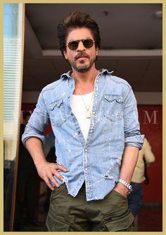 Shah Rukh Khan, Raees Trailer Launch, MyFashgram