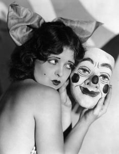 Clara Bow photo print poster vintage clown mask weird strange unusual Old Hollywood actress antique black and white wall decor art Cirque Vintage, Vintage Clown, Vintage Halloween, Creepy Vintage, Vintage Carnival, Clowns, Halloween Pin Up, Halloween Masks, Happy Halloween