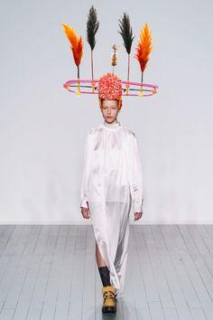 Коллекции | Ready-To-Wear | Осень-зима 2019/2020 | VOGUE Harajuku, Ready To Wear, Autumn, How To Wear, Vogue, Dresses, Style, Fashion, Vestidos