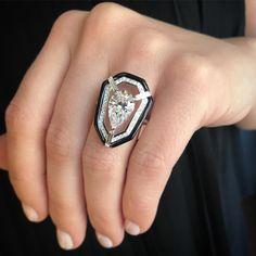 Big bright beautiful New 3cts pear shape E VVS #whitediamond Oui collection #oneofakind #ring in a new setting #nikoskoulisjewels