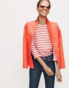 J. Crew highlights its freshest styles with its April 2016 style guide. The new lookbook focuses on gingham and denim for the spring season. Starring models Liya Kebede, Carolyn Murphy and Andreea Diaconu, these outfits are perfectly polished yet casual. From denim jumpsuits to fitted blazers to printed flats, J. Crew has all the essentials …