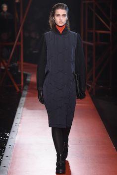 Hunter Original Fall 2015 Ready-to-Wear Collection Photos - Vogue Fashion Show, Fashion Design, Fashion Trends, Hunter Original, Outerwear Women, Fall 2015, Winter Collection, Autumn Winter Fashion, Catwalk