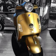 GoldVespa.   He's the scooter, the scooter with the Midas touch.   A spider's touch.   Such a cold finger.   Beckons you to enter his web of sin.   But don't go in!    #vespaaz #vespa #vespas #vespalove #instavespa #vespaclub #vespamania #vespabatam #vespagram #piaggio #scooters #scooter #vespavita #vespalovers #vespaholidays #iphone5 #iphoneonly #iphoneography #goldfinger #gold