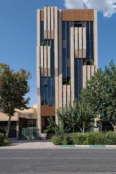 Galeria de Edifício Jey / Sarsayeh Architectural Office - 1
