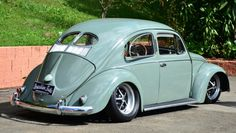 Slammed Vw beetle Split Window
