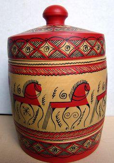 Mezenskaya  russian wooden decorative casket