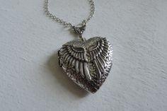 Medaillon kettingen - Sieraden zilver Guardian Angel foto medaillons - Een uniek product van MadamebutterflyMeagan op DaWanda