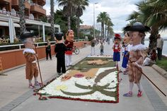 Stepping on the carpets at the end of the Corpus Christi day will bring good luck for the rest of the year. It's a pity, but it is what tradition in Sitges tells us to do...