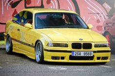 BMW E36 - Yellow Car