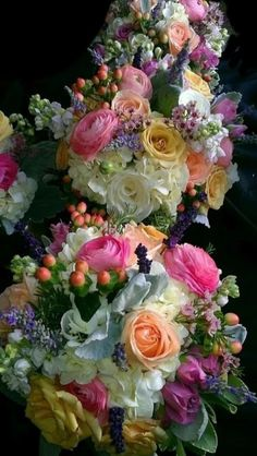Flowers for you my friend. Bridal Flowers, Floral Flowers, Pretty Flowers, Fresh Flowers, Flower Art, Beautiful Flower Arrangements, Floral Arrangements, Flower Pictures, Flower Wallpaper