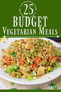 Whether you're vegetarian or want to enjoy a Meatless Monday meal every week, preparing vegetarian meals can be a great way to save money on groceries, especially if you're preparing those meals from scratch. These tasty meals are loaded with veggies and are easy on the wallet, so you can eat well on a budget. #vegetarian #budgetvegetarian Vegetarian Casserole, Vegetarian Desserts, Vegetarian Soup, Vegetarian Recipes Easy, Veggie Wraps, Tasty Meals, Make Ahead Meals, Best Appetizers, Meatless Monday