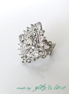 Jewelry Diamond : Holiday Promotion  Sparkly Cocktail Ring  Rhinestones vintage style adornment