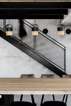 Modern home with Staircase, Metal Tread, and Metal Railing. Photo 9 of Nir Am Ho… Modern home with Staircase, Metal Tread, and Metal Railing. Photo 9 of Nir Am House Staircase Metal, Modern Stair Railing, Metal Railings, Stair Handrail, Staircase Railings, Modern Stairs, Interior Railings, Industrial Home Design, Industrial Stairs
