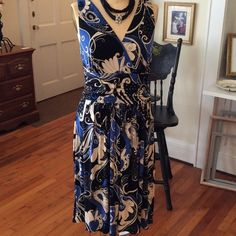 Cato Blue/Black Dress size 12 97% polyester 3% spandex. So comfortable and flows when you move.love the band at waist to hid all those inflections. This looks great with a sweater too. Smoke/pet free home Cato Dresses Midi