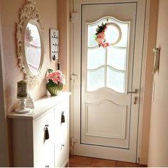 Harika bir giriş  #evimiseviyorum #ev #guzelevim #evim #evimgüzelevim #evimden #dekorasyon #dekor #evdekorasyonu #evdekor #decor #decoration #home #house #countryhouse #homesweethome #vintage