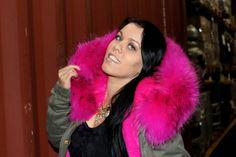 Pink, Schwarz und Gold – Casual Glam (Sexy Ladys World of Fashion) Fashion Styles, World Of Fashion, Fashion Looks, Street Style, My Style, Sexy, Casual, Pink, Gold