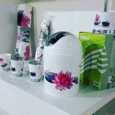 #homedecor #bathroom #set #carpet #curtain #and #accessories #new #at #laboutique #more #infos #tel☎️961.79.100224/5/6/7/8/9 #whatsup 70365654 #beautiful #bathtime #bathroomdecor #like4like #tagsforlikes #🛀 #🌺