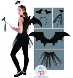 Costumi festa Halloween per bambina, semplicemente perfetto il kit comprende il tutu' nero, le ali pipistrello, la bacchetta e il cerchietto. PalaParty online!