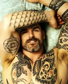 God-like Daddy Stuart Reardon Nips Inked Men, Inked Guys, Hairy Men, Bearded Men, Scruffy Men, Sexy Tattooed Men, Bearded Tattooed Men, Stuart Reardon, Hot Guys Tattoos