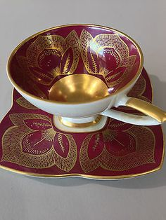 Find many great new & used options and get the best deals for Alka Kunst Alboth & Kaiser Bavaria Demitasse Cup And Saucer 93 5 Signed at the best online prices at eBay! Free delivery for many products! Tea Sets Vintage, Vintage Cups, Cup And Saucer Set, Tea Cup Saucer, 5 O Clock Tea, Yellow Tea Cups, China Plates, China Patterns, Bavaria
