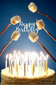 Happy Birthday roasting marshmallows over candles - fire - on cake - o. Best Birthday Quotes, Birthday Wishes Funny, Happy Birthday Pictures, Happy Birthday Messages, Happy Birthday Funny, Birthday Memes For Men, Happy Birthday Vintage, Happy 16th Birthday, Humor Birthday